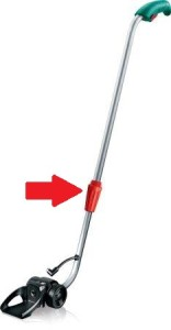 Ein Teleskopstiel für Rasenkantenschneider